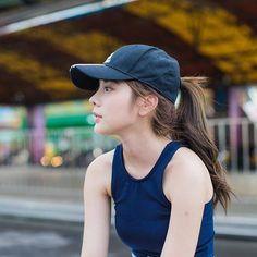 17 ideas cute children girl hats for 2019 Beautiful Anime Girl, Beautiful Asian Women, Cap Girl, Best Photo Poses, Girls Uniforms, Girl With Hat, Sport Girl, Ulzzang Girl, Japanese Girl
