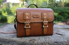 Handmade Photo Bag by Weles Design Photo Bag, Leather Bags, Satchel, Backpacks, Handmade, Design, Fashion, Leather Tote Handbags, Moda