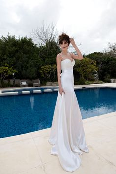 Julie Vino- 2013 Bridal collection- wedding dress embroidered with glittery bids