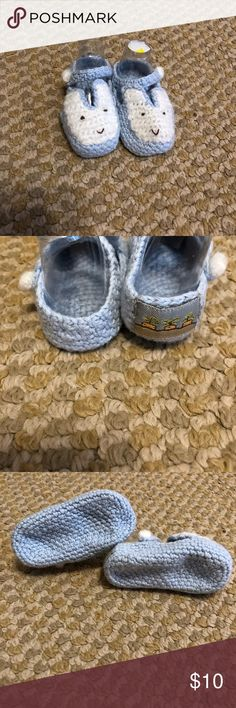 Hand knit bunny slippers Knitted bunny slippers, never wore. 0-3 size , would be great for pictures! Shoes Moccasins