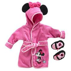 Keep her cozy in this girls' Disney Mickey Mouse & Friends Minnie Mouse robe and booties set.