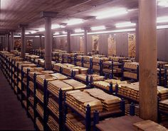A view of just one of the gold vault rooms in the Bank of England. Each shelf contains about a ton of gold. Dollar Collapse, Gold Exchange, Gold Purchase, Gold Sovereign, Gold Reserve, Money Stacks, Banks Vault, Bank Of England, Gold Money
