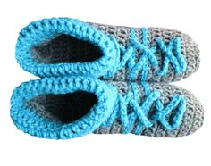 Women's Slippers - Free Crochet Pattern