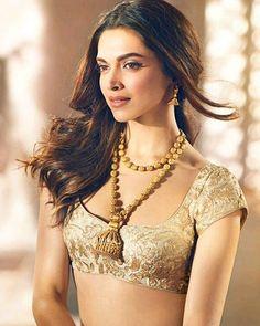 Deepika Padukone! Stunning Pics From Her Tanishq Photoshoot
