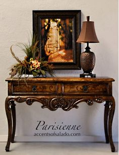 Tuscan design – Mediterranean Home Decor Old World Furniture, Tuscan Furniture, Entry Furniture, Home Decor Furniture, Table Furniture, Furniture Styles, Refinished Furniture, Tuscan Decorating, French Country Decorating