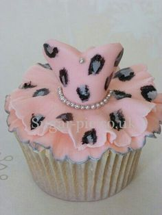 Cheetah dress cupcake!!
