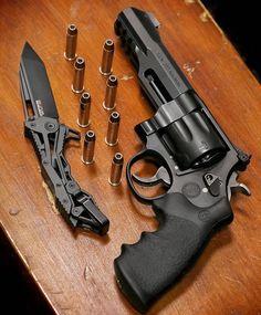 .357 Magnum 8 shot revolver Photo by @metalhead_1
