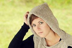 Ravelry: Hoodsie: Adult/Teen version pattern by Sara Gresbach