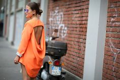 How To Dress Like An Italian Girl — 50+ Lessons Worth Knowing #refinery29  http://www.refinery29.com/2014/09/74945/milan-fashion-week-2014-street-style#slide24  This hot look comes with some built-in ventilation.