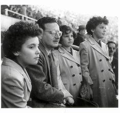 CHILE  - 1950, Salvador Allende e hijas