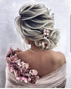 Top Hairstyles for 2019 Top Hairstyles, Everyday Hairstyles, Bride Hairstyles, Elegant Hairstyles, Bohemian Style Bedrooms, Short Hair Cuts, Bridal Hair, Hair Inspiration, Hair Color