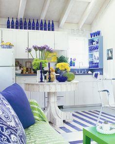 Blue & White beach house kitchen by Scott Sanders