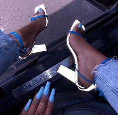 Different Types Of Sneakers – Sneaker Deals Sneaker Heels, Shoes Sneakers, Shoes Heels, Pumps, Crazy Shoes, Me Too Shoes, Stiletto Heels, High Heels, Cute Heels
