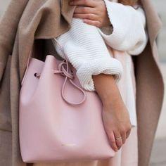 Mansur gavriel 804€ #fashion #mansurgavriel #fashionblogger #fashionaddict #fashionista