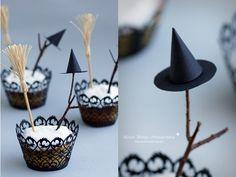 DIY: Halloween Special 3 - Glowing Cupcakes