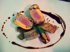 Milanese of breaded veal, strip of its cheek and quince, sweetbread blinis, bean puree and black truffle