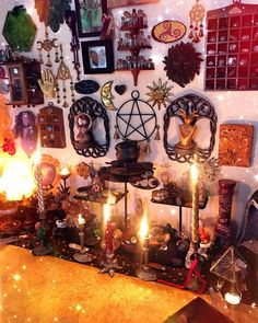 Altar or Meditation Space Decor Autel Wiccan, Wicca Altar, Witchcraft, Wiccan Home, Magick, Witch Aesthetic, Aesthetic Room Decor, Witch Room, Wiccan Decor