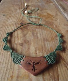 Micromacrame necklace with wood focal
