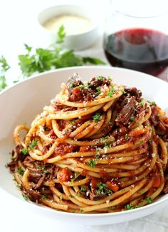 Chili con Carne nach Jamie Oliver Braised Short Rib Pa The post Chili con Carne nach Jamie Oliver appeared first on Woman Casual - Food and drink Pasta Recipes, Beef Recipes, Cooking Recipes, Healthy Recipes, Appetizer Recipes, Bucatini Recipes, Chicken Recipes, Recipe Pasta, Healthy Dishes