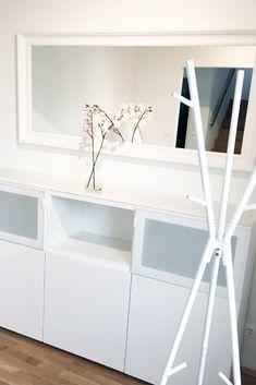 White furniture enlarge your room and make it more friendly #villavienna #ikea Weiße Möbel laden zum Bleiben ein und vergrößern den Raum.