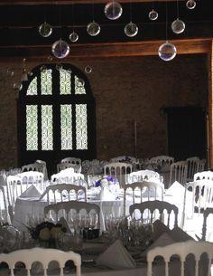 Décoration plafond pour un mariage thème bulles
