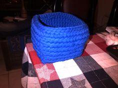 Canasto cuadrado azul