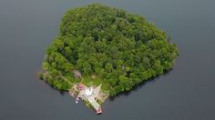 A 10+ acre, heart shaped private island with two Frank Lloyd Wright designed homes and helipad PETRA ISLAND, New York State - http://www.vladi-private-islands.de/en/islands-for-sale/usa/new-york-state/petra-island/