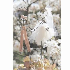 Wire cake topper for a country chic wedding by Fili di poesia