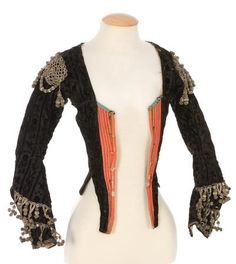century bodice, peach and black was a popular combination in the but I'm having a hard time dating this. The sleeves look like the late 18th Century Dress, 18th Century Clothing, 18th Century Fashion, Pirate Woman, Lady Pirate, 1800s Fashion, Types Of Jackets, Period Outfit, Period Costumes