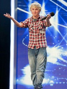 Yesterday was the 7th anniversary of our Niall's X Factor audition !