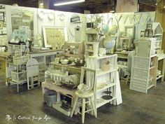 My So Called Junky Life: Antique Booth Pictures - September. Visual merchandising. Antique / vintage store display.