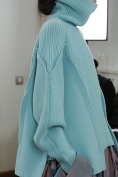 Antonio Berardi Fall 2018 Ready-to-Wear Fashion Show Antonio Berardi Fall 2018 Ready-to-Wear Collection – Vogue Admin See author's posts Related Antonio Berardi, Knitwear Fashion, Knit Fashion, Fashion Fall, Womens Fashion, Fashion Runway Show, Vogue Knitting, Fashion Details, Fashion Design