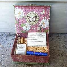 Natural Perfume Gift Box  Natural perfume gift by JoAnneBassett