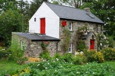The Old Barn ~ It is situated in picturesque countryside in the townland of Brackey just outside the heritage Town of Ardara /// The holiday home *-* Irish Cottage, Old Cottage, Cottage Homes, Old Stone Houses, Self Catering Cottages, Cottages By The Sea, My House, Outdoor Structures, Architecture
