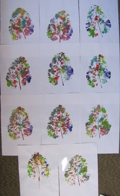 leaf prints using acrylic paints