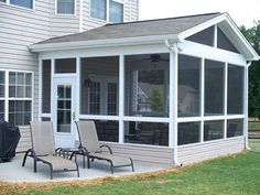 Screened-in porch addition.s omeday. Screened Porch Designs, Screened In Deck, Deck With Pergola, Backyard Patio Designs, Pergola Ideas, Porch Ideas, Patio Ideas, Screened Porches, Pergola Kits