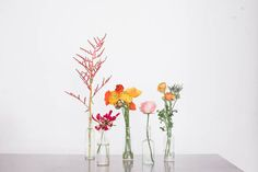 diy aztec sand and flowers - DIY by Your Cloud Parade http://ruffledblog.com/diy-aztec-sand-and-flowers