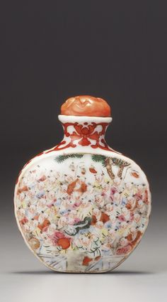 Chinese Collectible Handmade ceramics Flower and Bird porcelain snuff Bottle 2