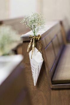 Simple wedding chirch decoration