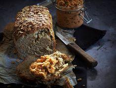 Dagasztás nélküli zabpelyhes kenyér - Szotyi művek Ciabatta, Banana Bread, Muffin, Recipes, Food, Essen, Muffins, Meals, Eten