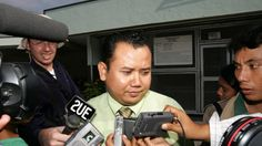 "http://pinterest.com/pin/7248049377116879/ http://pinterest.com/pin/7248049376794489/  Bali nine executions: Lawyer who alleged bribery refuses to attend Judicial Commission - SMH.com.au - May 12th, 2015 Ex-Bali nine lawyer Mohammad Rifan in 2006.  ""Jakarta:  The lawyer who made the explosive claim that the judges who sentenced Andrew Chan and Myuran Sukumaran to death were corrupt says he no longer wishes to comment on the case.  Muhammad Rifan is due to give evidence to a Judicial…"