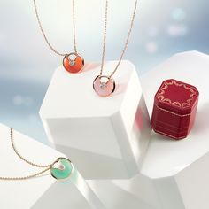 Amulette de Cartier | Dazzling new colors are coming.