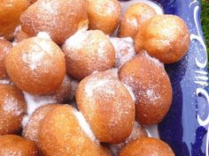 This simple dough turns into feather-light doughnuts without kneading, raising and spreading. Also, these doughnuts don't drip oil, … Hungarian Desserts, Hungarian Recipes, Delicious Desserts, Dessert Recipes, Yummy Food, Cake Recipes, Sweet Cookies, Beignets, Winter Food