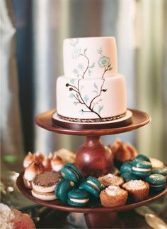 perfect, classic, understated #wedding cake