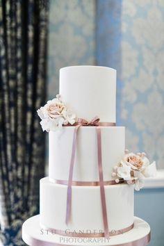 wedding cake, dusky pink weddings. Photo by Stu Ganderton Wedding Photography