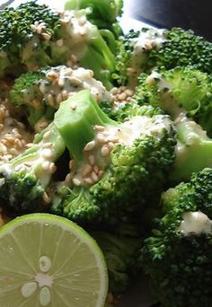 Alkaline Diet Recipe #123: Broccoli with Tahini - Broccoli has a strong impact on our body's detoxification system. Also, it stands out as the most concentrated source of a premiere antioxidant nutrient-vitamin C. Now who would go wrong with this green?