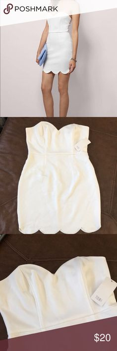 Tobi White Scalloped Dress Brand new still has tags, size L Tobi Dresses Strapless