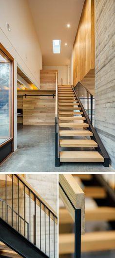 escalier moderne, garde corps escalier interieur, avec des marches en bois clair, des murs nuancés en blanc et gris, photos avec des détails du garde corps