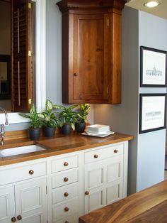 Chalon, Harrogate. Corner Cupboard, Corner Unit, Sink Units, Slate, Color Schemes, Furniture Design, Kitchen Cabinets, The Unit, Showroom