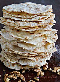 turte de Crăciun Snack Recipes, Cooking Recipes, Snacks, Feta, Healthy Life, Tart, Buffet, Cabbage, Deserts